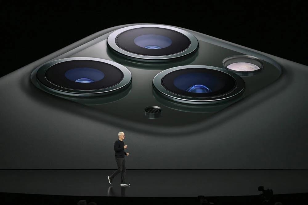 Samsung разрешает установку своих объективов в iPhone